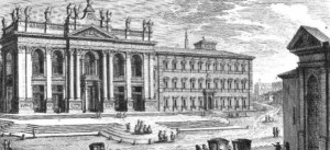 """La palabra """"Basílica"""" significa """"Casa del Rey"""", y esta fue palacio de la familia Letrán, que en el siglo IV el emperador Constantino, primer gobernante romano que concedió a los cristianos el permiso para construir templos, regaló al Papa san Silvestre, quien la convirtió en templo y la consagró el 9 de noviembre del año 324."""